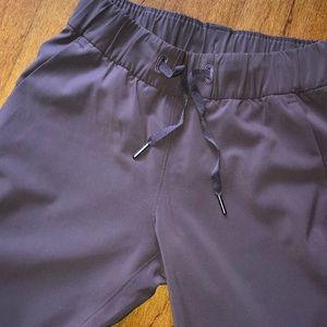 Size 2 on the fly lulu pants
